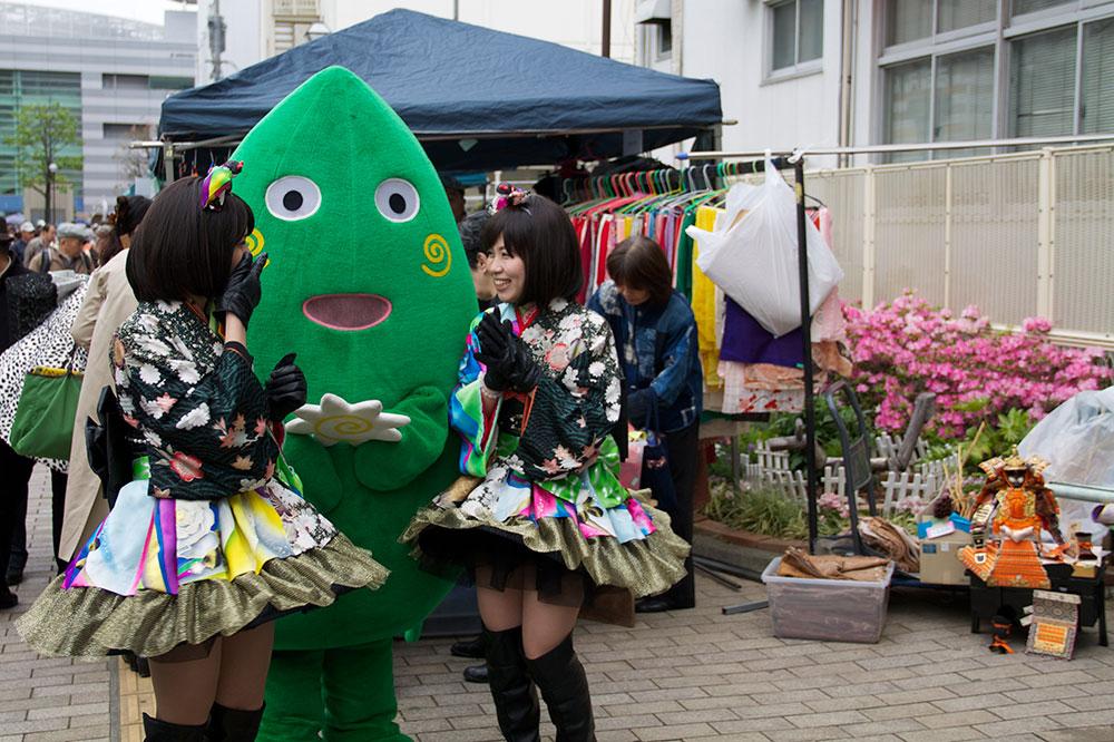 japan-mascot