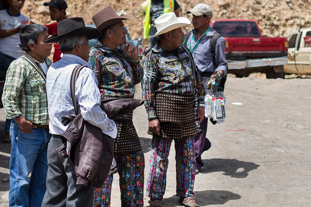 guatemala costume fashion